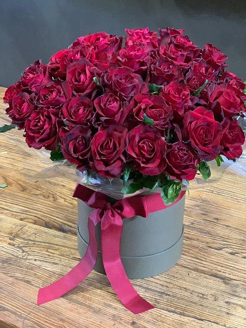 Buquê de Rosas na Caixa Redonda