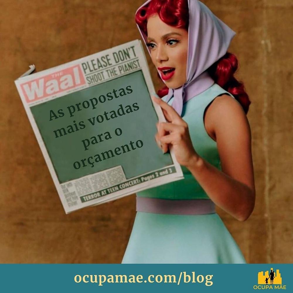 """Meme da Anitta segurando um jornal com a manchete """"As propostas mais votadas para o orçamento"""""""