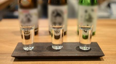 sake-tasting-e1493416859449.jpg