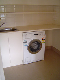small laundry fitout