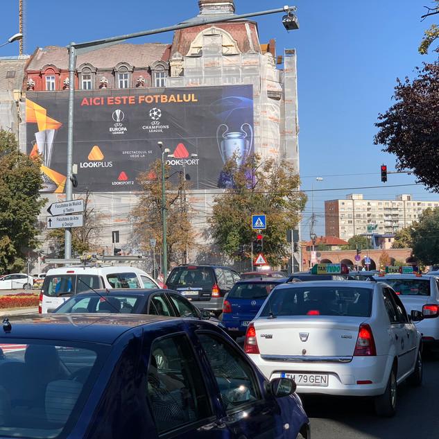 TM 26 CVM Campanie Mesh Look TV