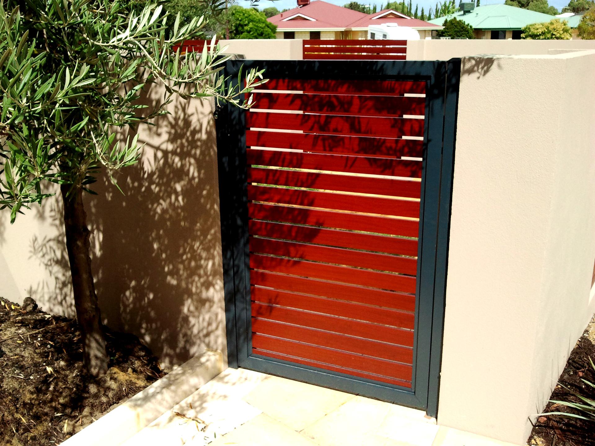 SLAT GATE