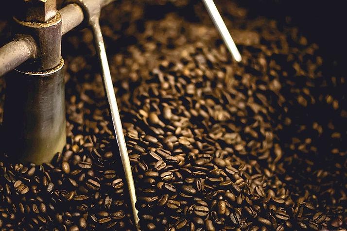 coffee-beans-691262_1920_edited_edited.j