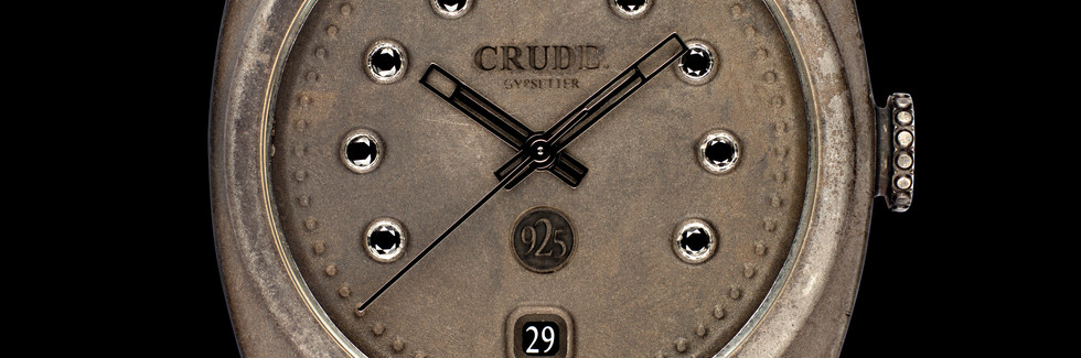 Crude_gypsetter_virgin_raw_black-diamond-dial-fron