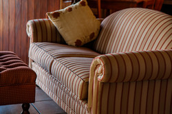 couch-480486_1920