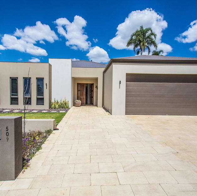 Dianella Family Residence