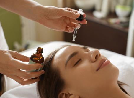 14 Ways Tamanu Oil Benefits your Skin