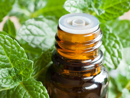 10 Reasons to Start Using Peppermint Oil
