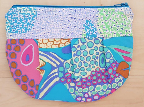 JENNA POUCH - Fat Fish Light Blue