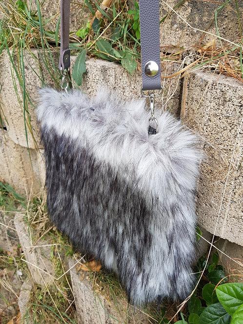 SMILLA - Greenland Wolf - Midi Bag