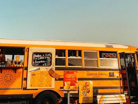 七里ガ浜に8mのスクールバスがOPEN!!