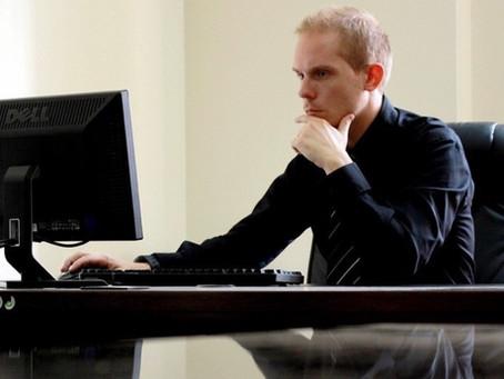 あなたの腰が痛くなる本当の原因と対策①長時間座った後の腰の痛み