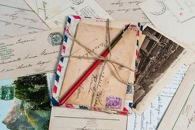 letter-envelopes-1906606.jpg