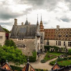 Chateau_de_La_Rochepot_21.jpg