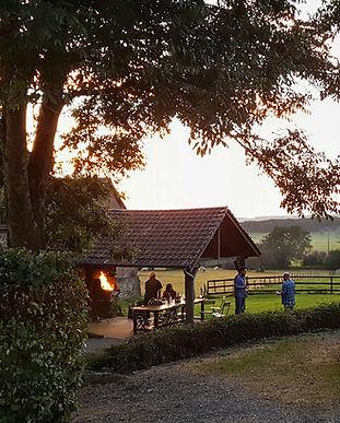 Huis-zonsondergang-BBQ.jpg