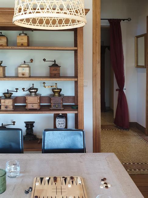 7-Leeskamer-Koffiekast-Raam-Avond-(15).j