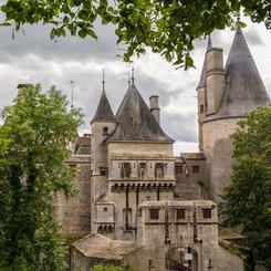 Chateau_de_La_Rochepot_20.jpg