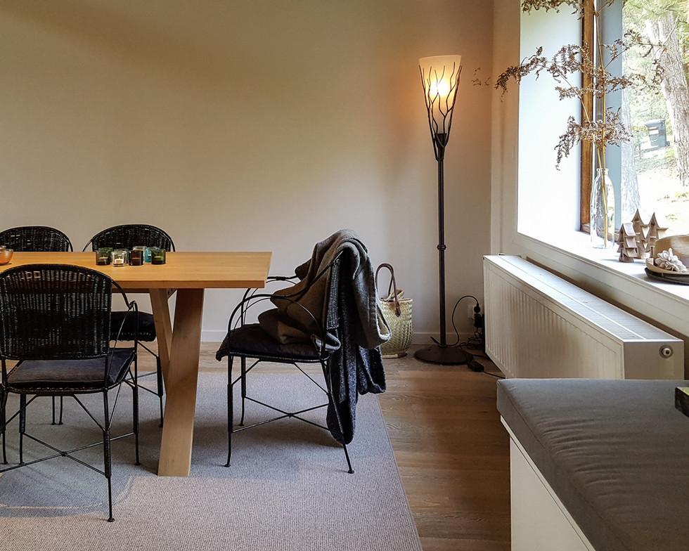 7 Dining-Table-Living-2 (3).jpg