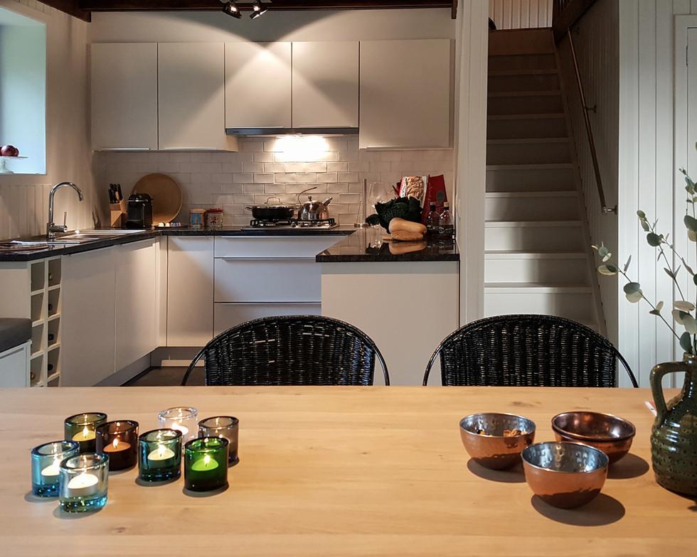 7 Dining-Table-Living-2 (11).jpg