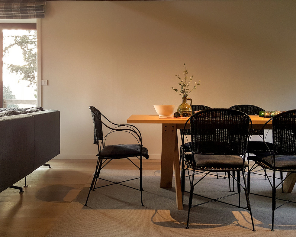 7 Dining-Table-Living-2 (8).jpg