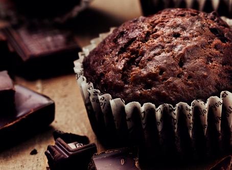 Chocolate black beans mini cakes
