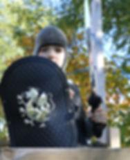 knight-2855275_1920.jpg