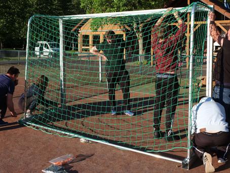 Der Ballspielplatz in Ludwigswinkel erhält Fussballtore