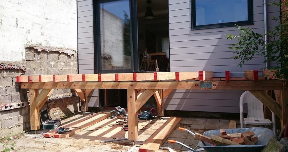 Construction d'une terasse en bois