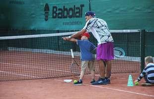 Групповые и индивидуальные занятия большим теннисом