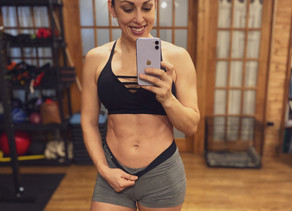 HOW I LEARNED TO LOVE MY POSTPARTUM TUMMY
