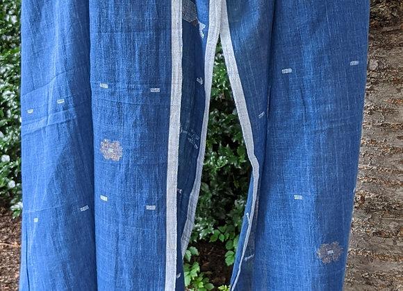 Jamdani scarf - indigo khadi rectangular, floral motifs, metallic thread