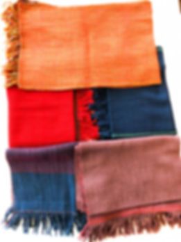 Woolen scarves from HW