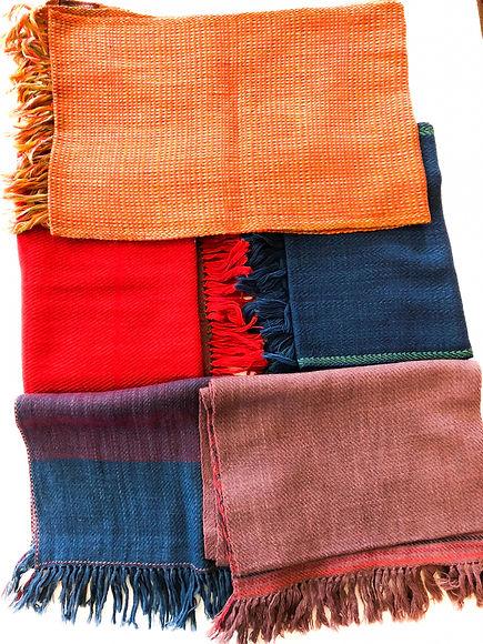 Woolen scarves from HW