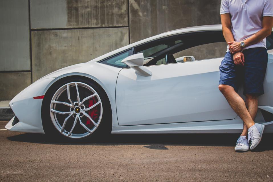 Lamborghini Huracan Cover