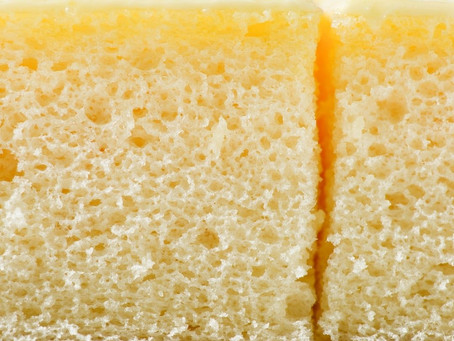 Бисквит на горячем молоке со сливочным маслом