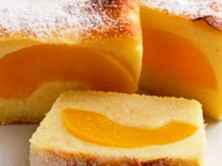Манная   запеканка  с персиками