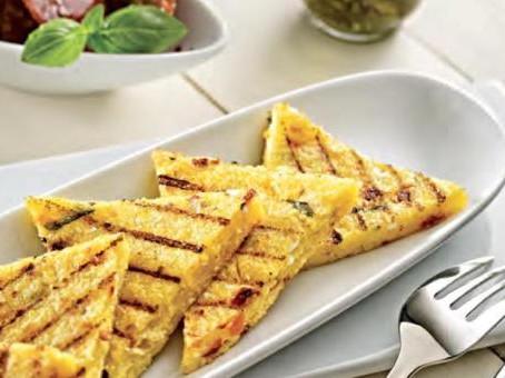 Полента-гриль с сыром   и сушеными помидорами