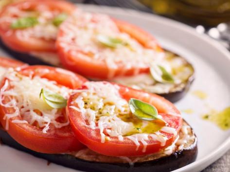 """""""Веер""""   из кабачков с помидорами и сыром (в духовке)"""