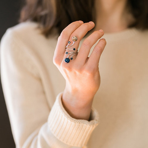Orbit Ring With Natural Stones