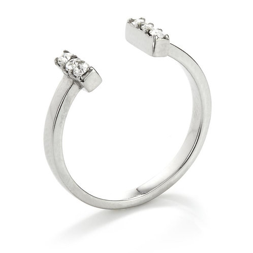 Cubic Zirconia Crystal T-Bar Ring