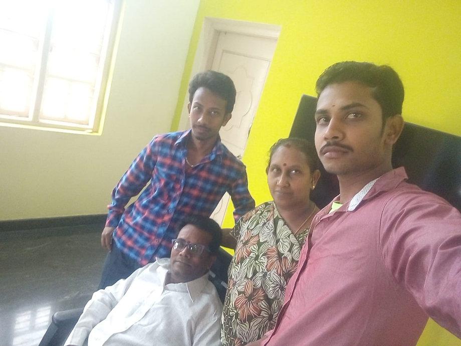 G V Roopesh