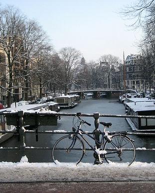Amsterdam_-_Brouwersgracht.jpg