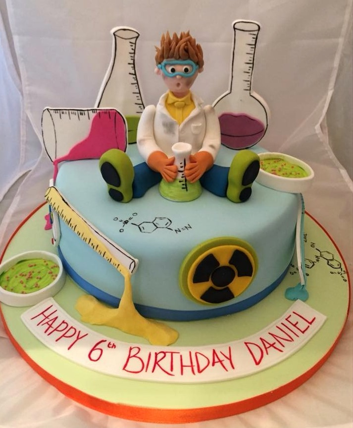 Bespoke Scientist cake