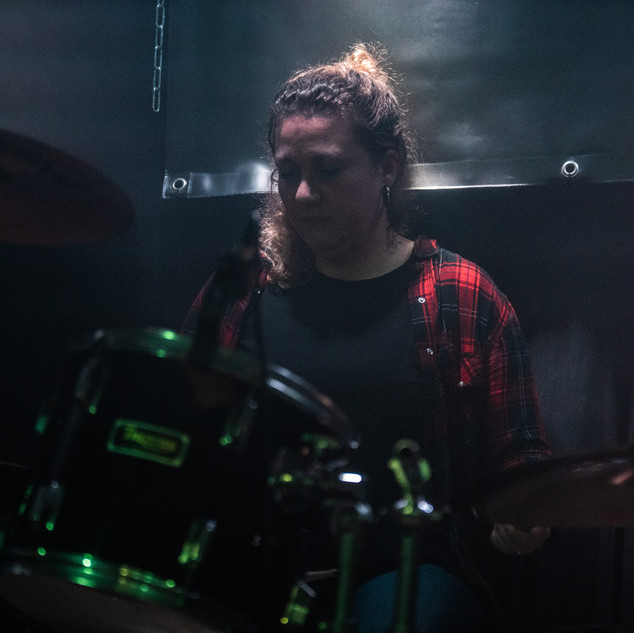 Jetske Blonk, drums. Altstadt (Eindhoven, NL, Feb.16th 2019)  Picture by Emily Parry