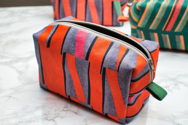 Urban Rhythm No.1 Box Pouch (orange)