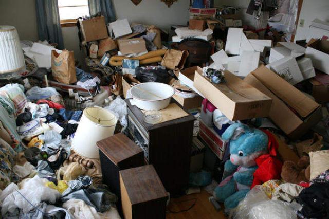 hoarders home.jpg