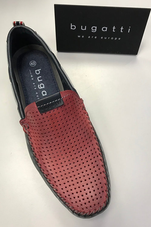 Bugatti slip on shoes in dark blue/red