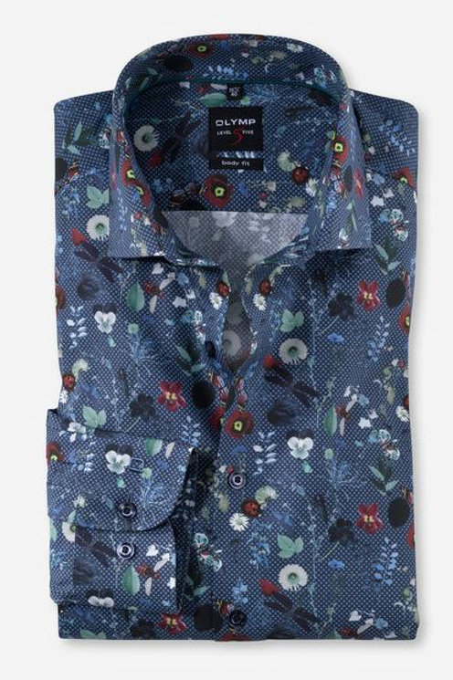 OLYMP Level Five business shirt takes the slim cut