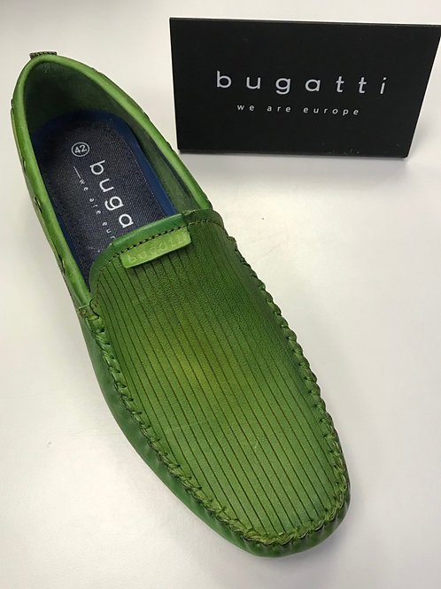 Bugatti slip on shoes in green