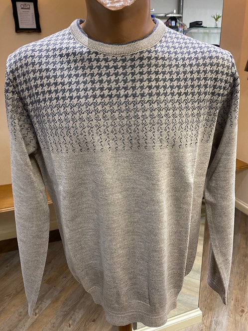 Montechiaro of Italy Crafted beige knitwear